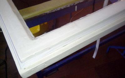 Dobro tesnenje oken in vrat, je učinkovit ukrep pri varčevanju z energijo