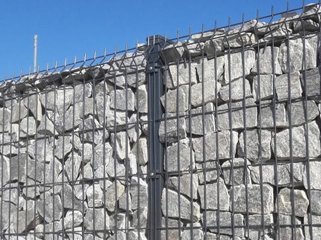 Kamnite ograje GABIONI – novi trendi ograj