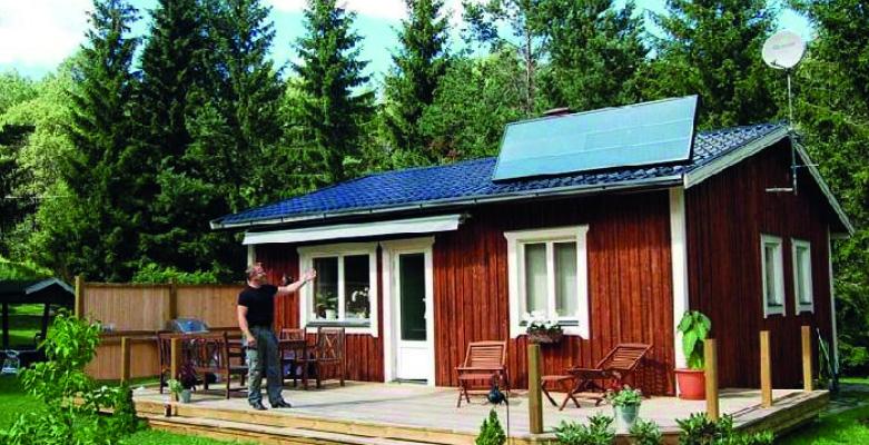 Solarni toplozračni kolektor SolarVenti za brezplačno prezračevanje ter dogrevanje prostora