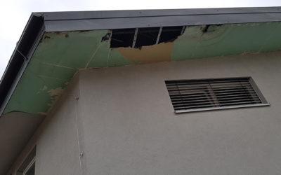 Sanacija enokapne strehe z napuščem