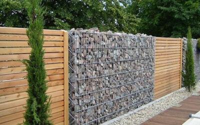 Zakaj so ograje pomemben element vsakega dvorišča